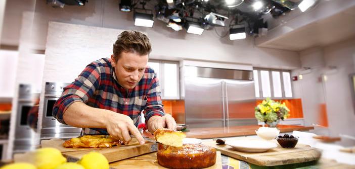 Cómo este joven emprendedor convirtió los videos virales de cocina en un negocio altamente rentable